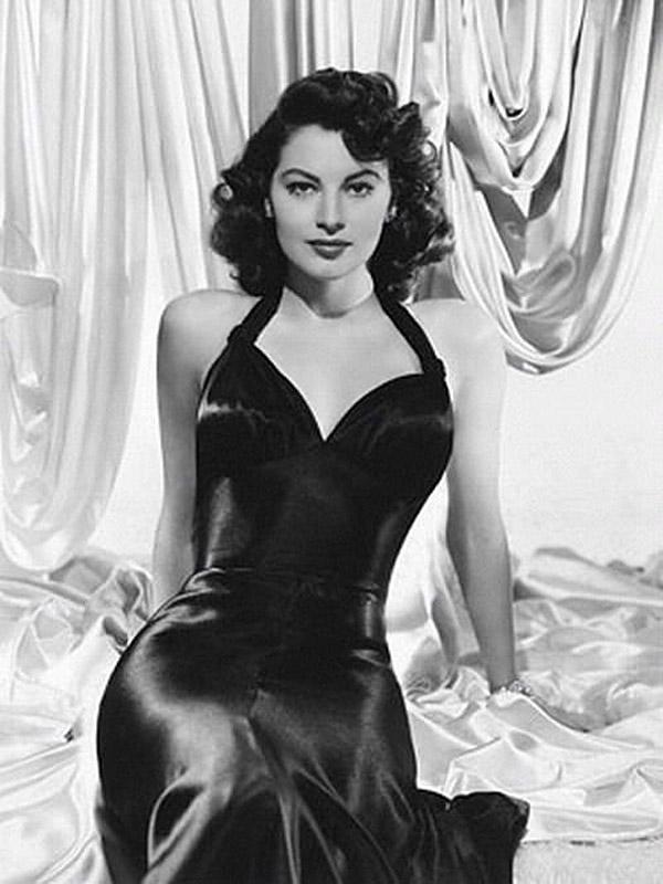 http://hourglasswomen.net/famous_hourglass_women/classic_hourglass_women/classic_actresses/Ava-Gardner2.jpg