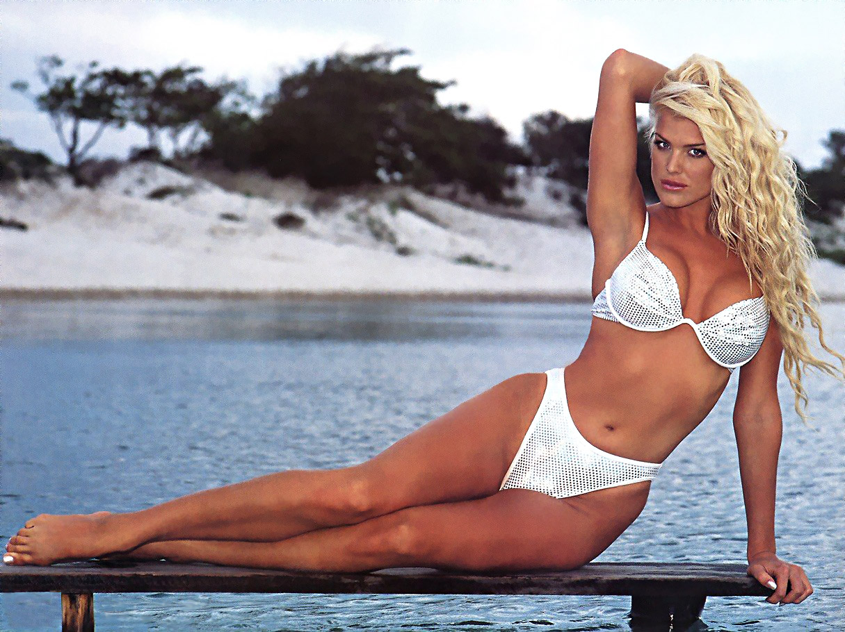 victoria silvstedt swedish model tv.